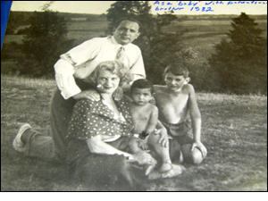 Photograph of the Saltzberg family