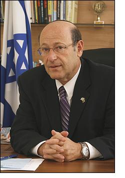 MK Otniel Shneller, Kadima
